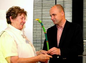 Bomenridder Jeanne van der Velden uitgeroepen tot Groene Vogel van 2005!