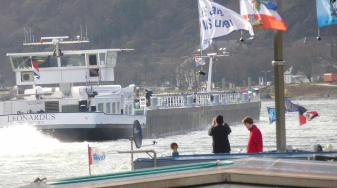 Ontgassen van schepen moet geregeld worden!