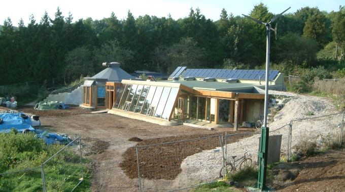 EARTHSHIPS MAKE A LANDING IN THE HIGHLANDS