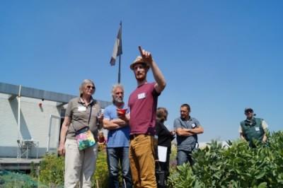 Symposium groenedaken druk bezocht!